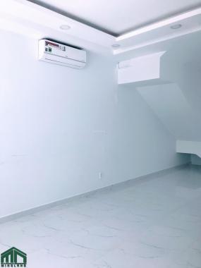 Cho thuê mặt bằng văn phòng 25m2, giá 5 triệu/th, có sẵn máy lạnh trong KDC Vạn Phúc