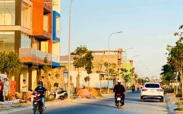 Đất nền KDC Tân Tạo MT đại lộ SHR, đối diện siêu thị lớn, trường, dễ kinh doanh mua bán, HT vay 70%