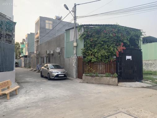 Bán nhà 2 mặt tiền đường 963, P. Phú Hữu, Q9. LH: 0903199738 chính chủ