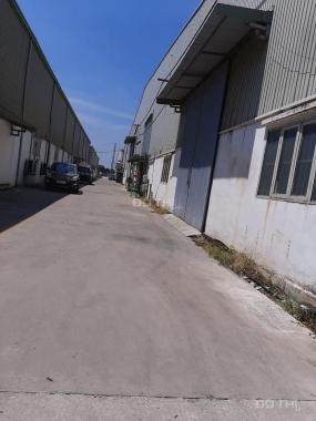 Xưởng 1000m2 trong KCN Đại Đồng, giá chỉ 75 tr/th, vào được ngay LH 0988457392