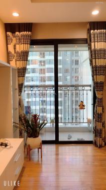 Chính chủ cho thuê căn hộ T4 tầng 22, giá 11 tr/th (Miễn Môi giới)