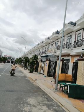 Bán gấp lô đất ĐT 743 có sổ gần chợ Phú Phong giá rẻ