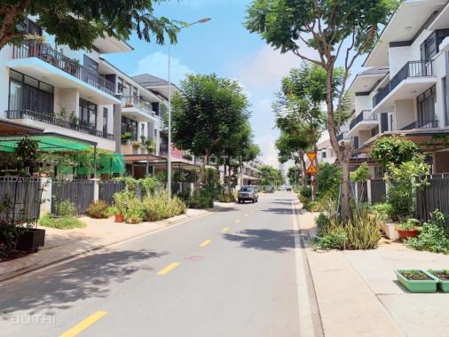 Bán biệt thự Lavila Kiến Á còn 3 căn giá tốt - 7.6 tỷ/căn (95%). Liên hệ 0934416103 (Thinh Tiger)