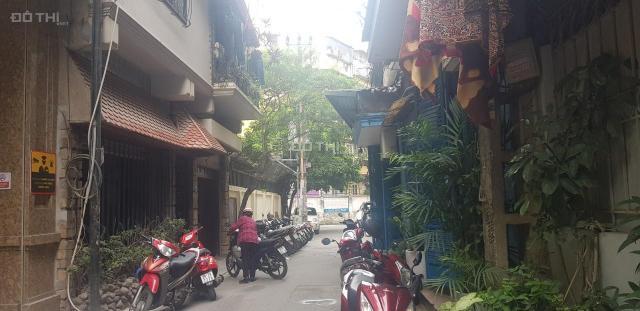 Phân lô vỉa hè ô tô tránh nhau kinh doanh văn phòng vip 59 Láng Hạ, Ba Đình 18 tỷ