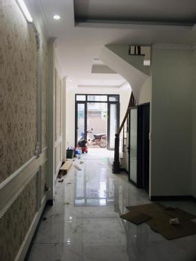 Yên Nghĩa 37m2 5 phòng gần bến xe Yên Nghĩa (tổ 1 - Trong đê), nhà Yên Nghĩa đã hoàn thiện xây mới
