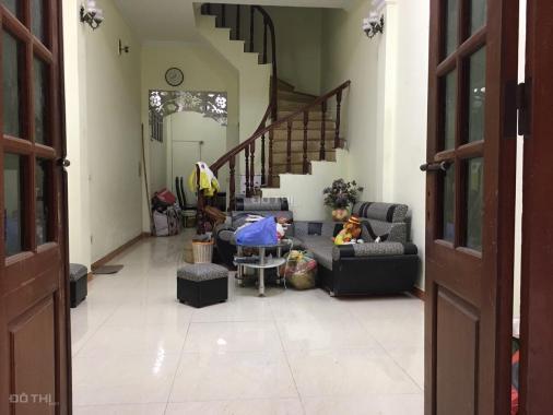 Cần cho thuê nhà riêng trong ngõ 282 Khương Đình, 40m2 x 3.5 tầng đủ đồ giá 9 tr/th