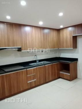 Cần bán nhanh nhà mới siêu đẹp 5 tầng dạng lửng + 3 phòng ngủ 2.4 tỷ phố Xa La, Hà Đông