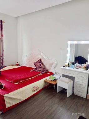 Cho thuê căn hộ chung cư KĐT Việt Hưng full đồ 2 ngủ, chỉ 5 tr/th. LH: 0847452888