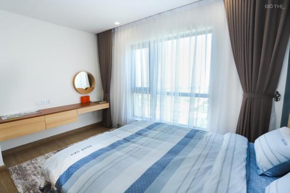 Gia đình cần bán nhanh căn hộ 3PN ban công Đông view hồ điều hoà, nhà mới full nội thất