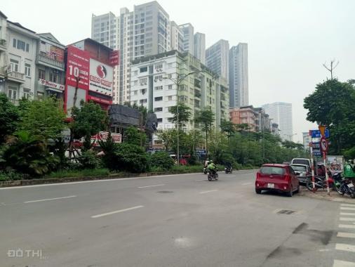 Bán gấp nhà mặt phố Hồ Tùng Mậu diện tích 120m2, MT 7m giá 15 tỷ