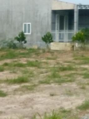 Bán đất ngay trung tâm thị trấn Lai Uyên, giá chỉ 550tr, sổ sẵn CC ngay