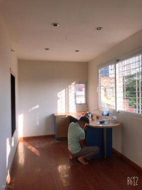 Bán chung cư B2, tập thể Nghĩa Tân, Tô Hiệu, Cầu Giấy: 103m2, 3 ngủ, ô tô đỗ 2,3 tỷ. 0944828386