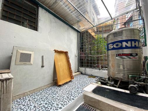Nhà Láng Hạ, Ba Đình, ngõ to Inova, cách đường cái 50m. Nhà mới xây chỉ 1.99 tỷ