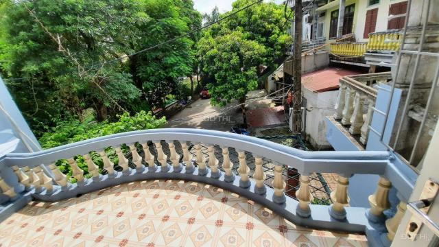 Cho thuê nhà nguyên căn 2 tầng, 95m2, giá hấp dẫn ở Long Biên, Hà Nội