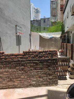 Bán đất siêu đẹp, phố Thạch Bàn, 70m2, 2,5tỷ, lô góc