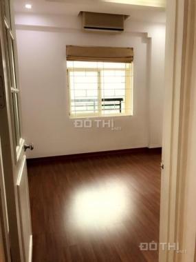 Cho thuê căn hộ chung cư 10 Hoa Lư 78m2 2 ngủ nội thất cơ bản, nhận nhà ngay 0936456969