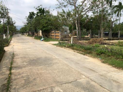 Nằm ở ngay Tây Nam Đà Nẵng, giá lại quá thấp, nằm gần Quốc Lộ 14B