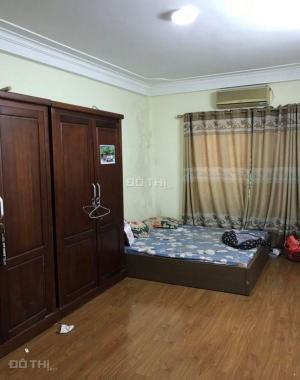 CC bán nhà mặt phố Kim Mã sầm uất gần phố Nguyễn Thái Học 36m2x5T, chỉ 11.99 tỷ. 0989.62.6116