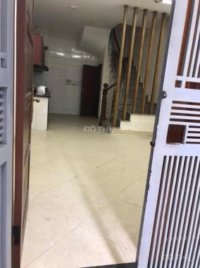 Cho thuê nhà 5 tầng Ngọc Thụy, Long Biên, 40m2/ sàn, giá: 8 triệu/tháng, LH: 0984.373.362