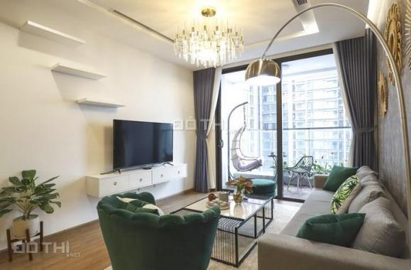 Bán gấp căn hộ D2 Giảng Võ, Ba Đình, 78m2, 2PN, 2VS nội thất hiện đại, giá 3,7 tỷ. LH 0985878587