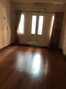 Cho thuê nhà 5 tầng Ngọc Thụy, Long Biên, 40m2/ sàn, giá: 8 triệu/tháng. LH: 0984.373.362
