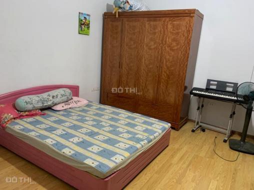 Cho thuê nhà riêng 4 tầng có gara ô tô Thạch Bàn, Long Biên, 66 m2/sàn. Giá: 18 triệu/tháng