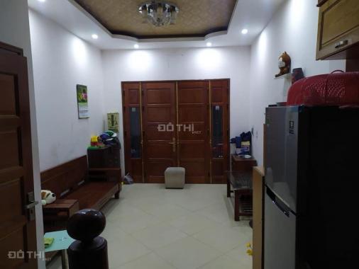 Cho thuê nhà 4 tầng Ngọc Thụy, Long Biên, 35m2/sàn, giá: 7 triệu/tháng, LH: 0984.373.362