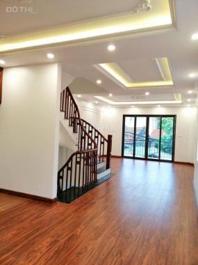 Bán nhà mặt phố Ngọc Thụy 60m2 5 tầng nhà mới. Vừa ở vừa kinh doanh tốt giá 8 tỷ