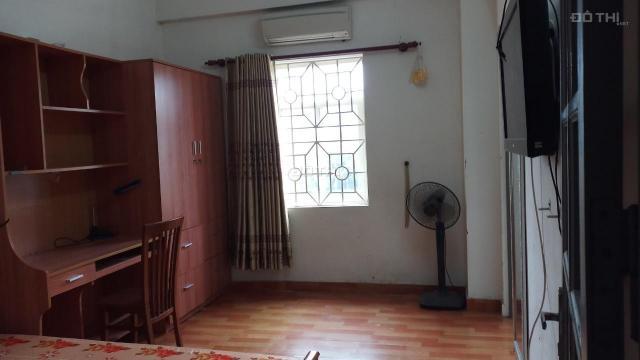 Bán căn hộ vị trí vàng Chùa Láng 75m2 chia 2 ngủ view thoáng như hình ảnh
