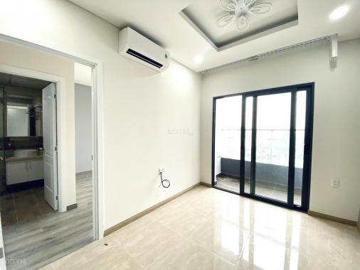 Bán lỗ 200tr căn hộ Monarchy 2PN, tầng cao, view biển (LH: 079.490.4579: Ms Trang NDN)