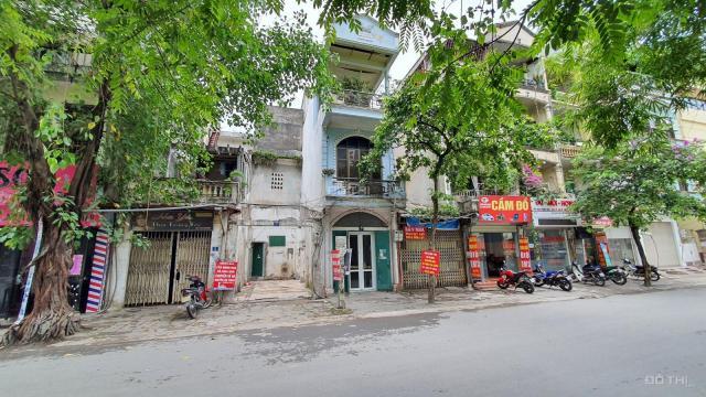 Bán nhà 2 tầng cũ MP Huỳnh Thúc Kháng, góc ngã tư Nguyễn Chí Thanh, Huỳnh Thúc Kháng, DT 58m2