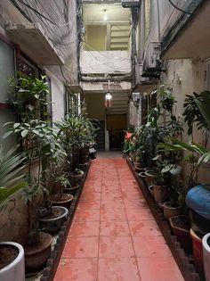Bán căn hộ lô góc như mới đường Láng, 60m2, 2PN, 2WC, nội thất 5*, hơn 1 tỷ