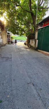 Cần bán gấp nhà đẹp lô góc, gara Cổ Linh, Long Biên 55m2 nhỉnh 5 tỷ, 0888868583