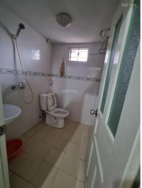 Cần bán CC 120 Hoàng Quốc Việt 1 ngủ 1 khách, 1 wc, có thể cơi nới giá 1.370 tỷ