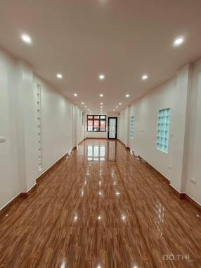 11 tỷ - nhà mặt phố Nguyễn Chính, Tân Mai, 90m2 MT 4.5m, Lexus đỗ cửa thang máy, KD - VP đẳng cấp