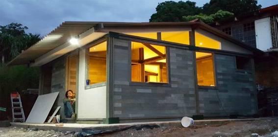 Ngôi nhà xây dựng từ gạch nhựa tái chế