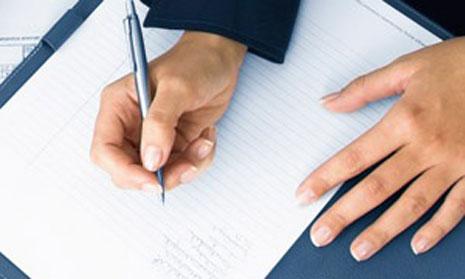 Hợp đồng mua bán BĐS được thừa phát lại lập vi bằng có hợp lệ hay không?