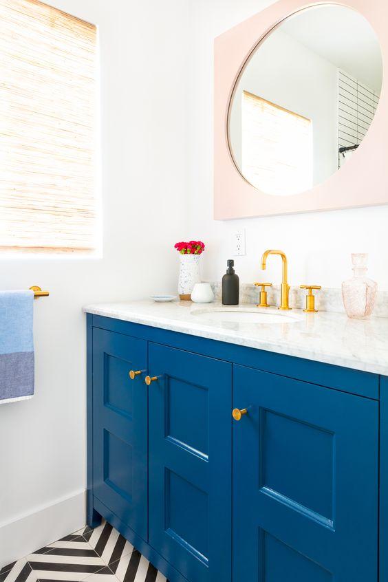 tủ bồn rửa màu xanh điện tử