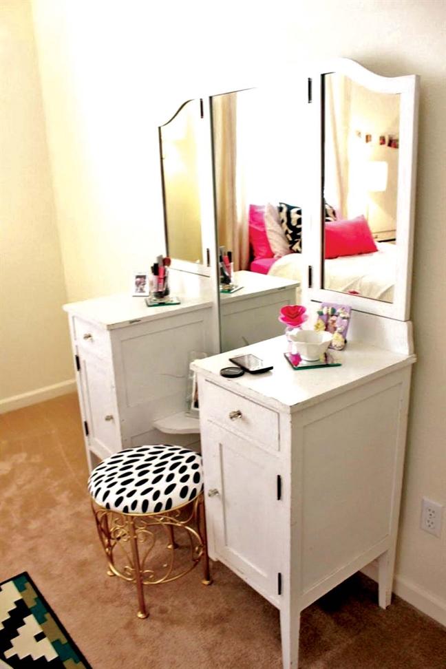 Những mẫu bàn trang điểm được thiết kế dành riêng cho phòng nhỏ