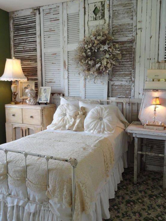 trang trí đầu giường ngủ