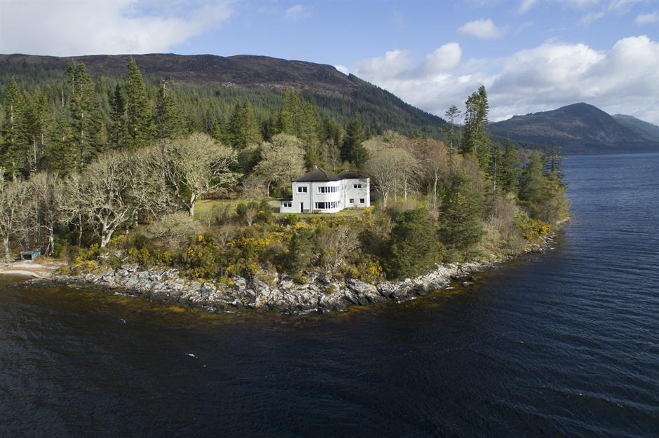 Ngôi nhà bên hồ Loch Ness