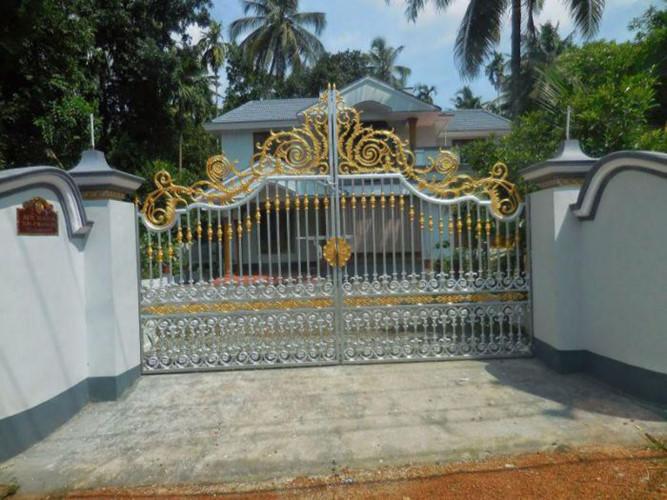 cổng sắt mạ vàng
