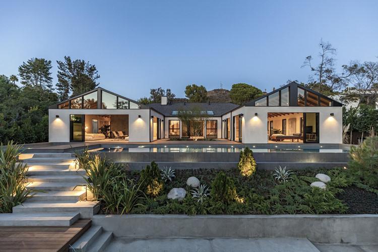 Bên trong ngôi nhà đáng mơ ước nhất năm 2019