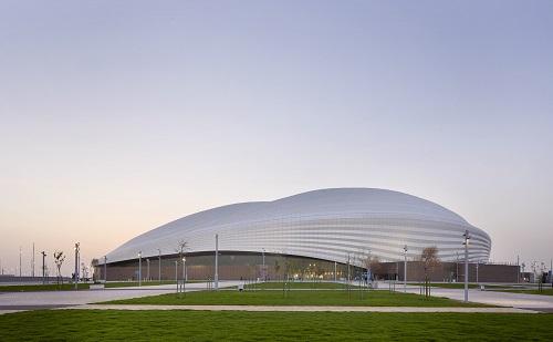 Choáng ngợp trước sân vận động đầu tiên phục vụ World Cup 2022 ở Qatar