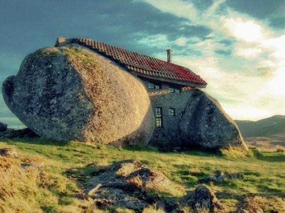 ngôi nhà đá