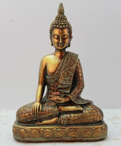 Tượng Phật ngồi trên đài sen