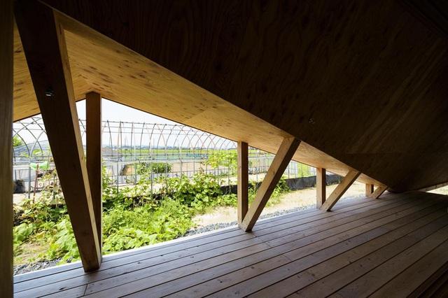 Hình ảnh cận cảnh không gian bên trong nhà Hara ở Nhật