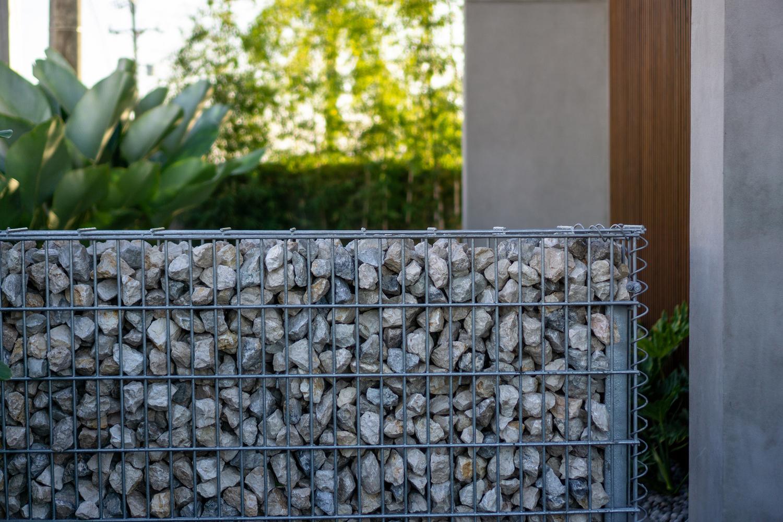 hình ảnh cận cảnh tường rào bằng đá