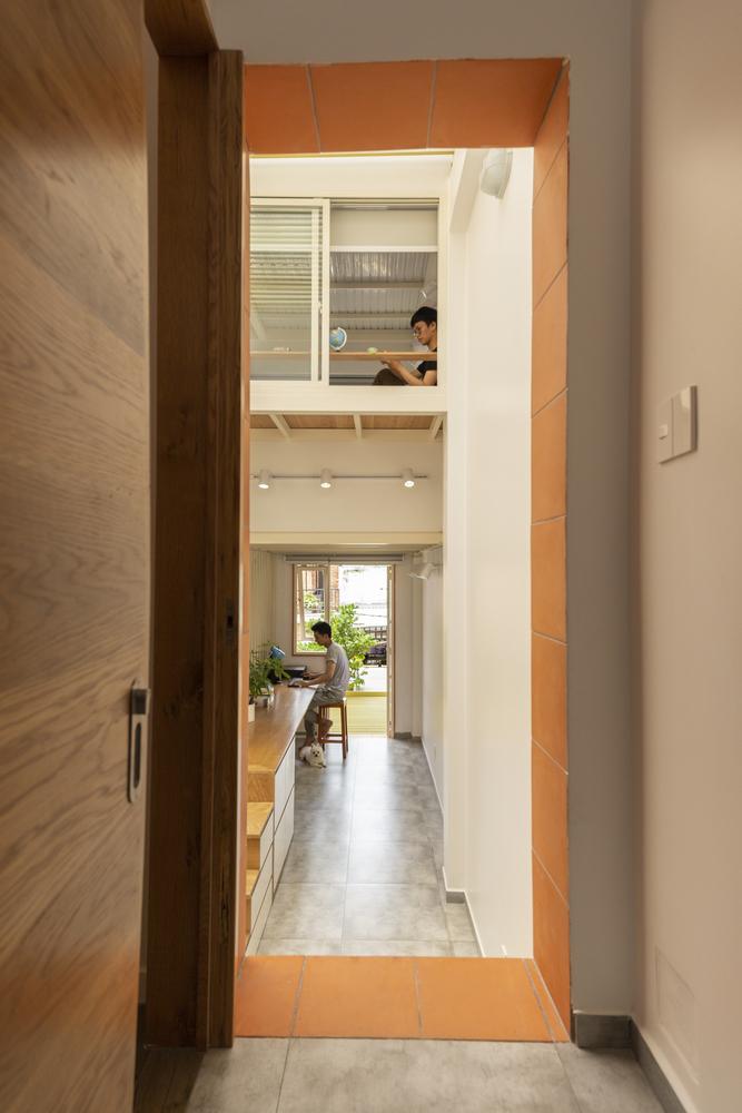 hình ảnh các không gian làm việc, học tập thoáng sáng trong nhà mái đôi