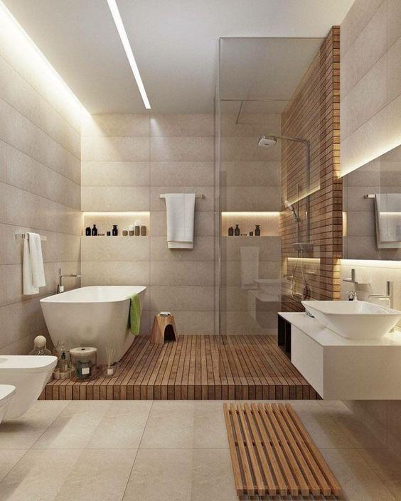 hình ảnh phòng tắm trong biệt thự 2 tầng phong cách tân cổ điển với bồn tắm nằm, sàn lát gỗ, tường trang trí hút mắt